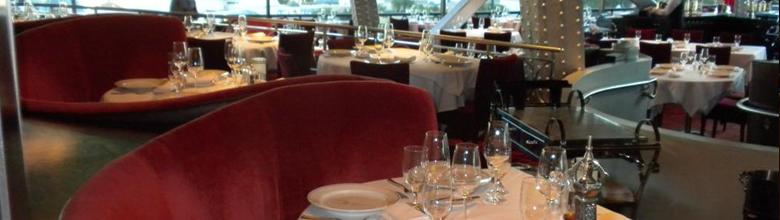 eiffel tower restaurant review exploring las vegas