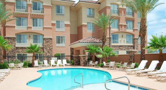 hilton garden inn pool - Hilton Garden Inn Las Vegas