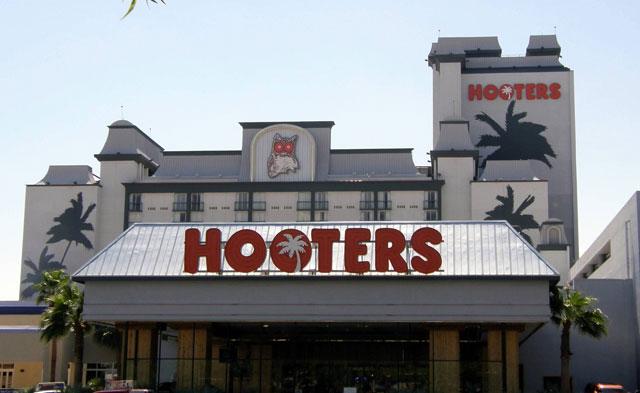 hooters casino owl rewards club
