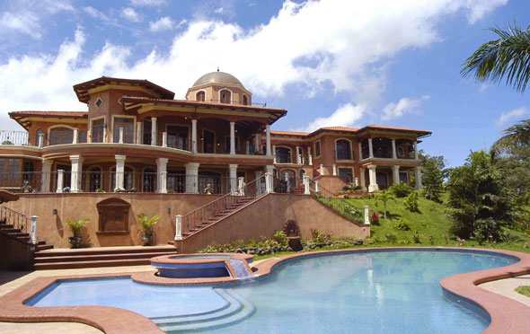 Costa rica bachelor party destination vs las vegas for Mansions in costa rica
