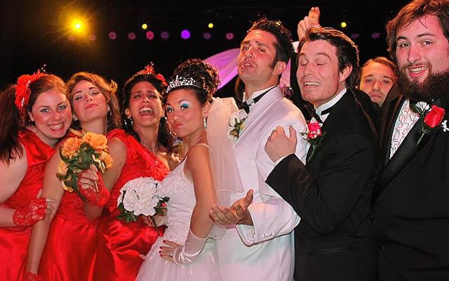 tony n 39 tina 39 s wedding review preview exploring las vegas